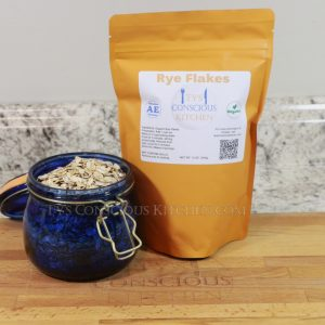 Rye Flakes: Rolled Cereal 12 oz.